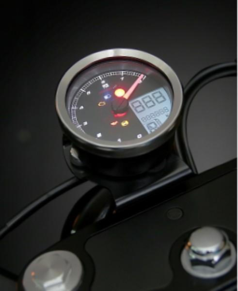 KOSO Drehzahlmesser / Tachometer passend fuer Yamaha XV950/Bolt / Yamaha SCR950 mit Chrom Ring, Plug
